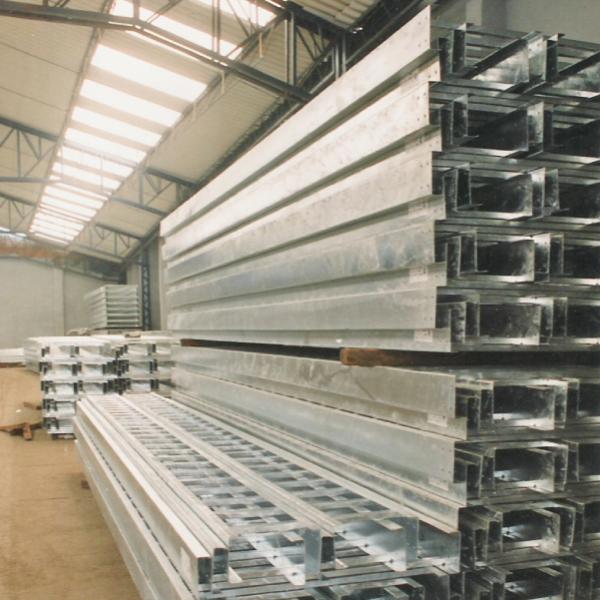 soportería, racks estructurales, aluminio